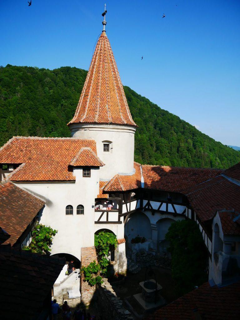 torre del castillo de Bran por dentro