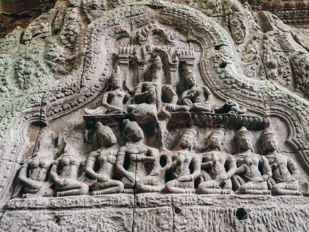 esculturas de algún templo de Angkor Wat