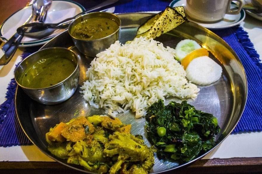 plato típico nepalí