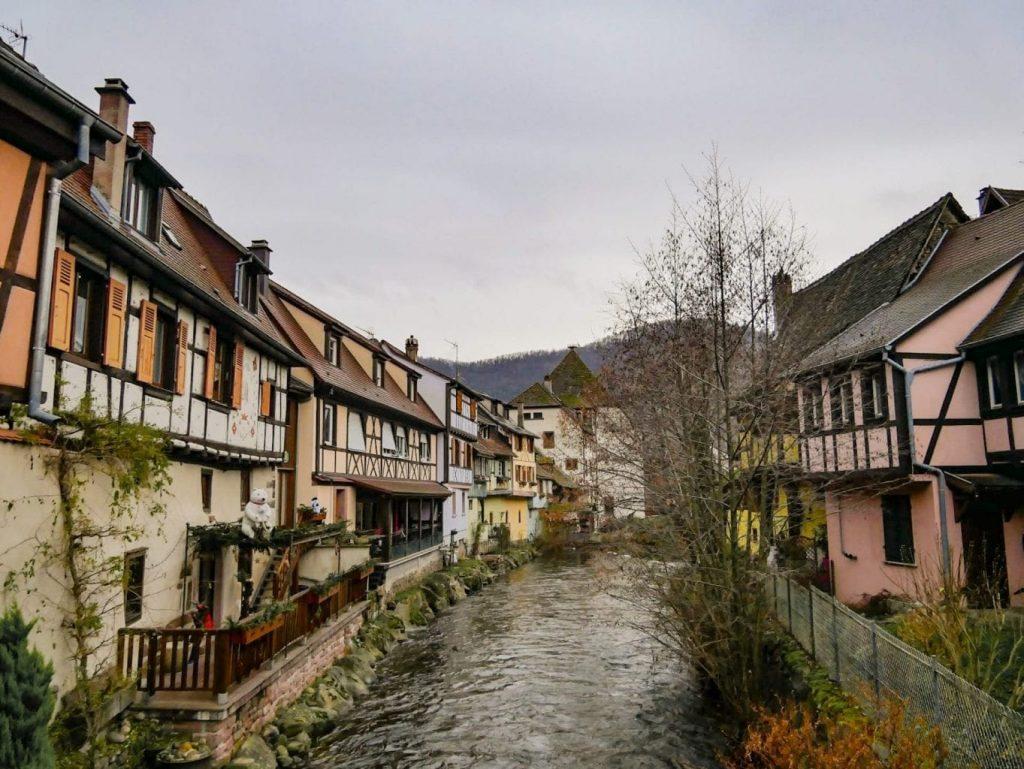 rio y casas de Kaysberg
